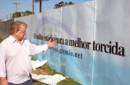 """Preis classifica como """"inverdade"""" o documento sobre Arena Divulgação, site do Grêmio /"""