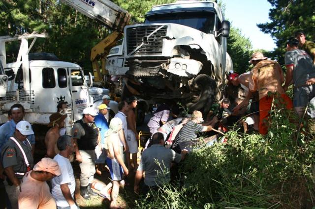 Acidente deixa quatro mortos na ERS-135 Adair Sobczak, Especial/