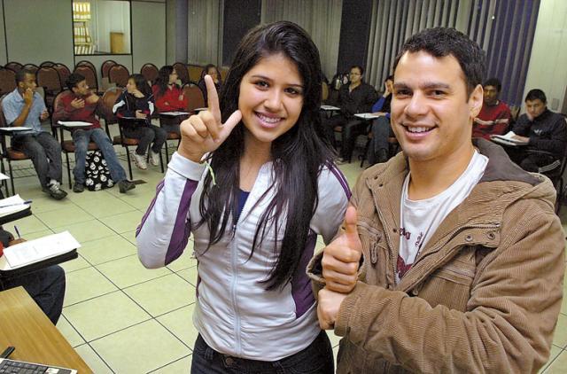 Projeto qualifica deficientes para o mercado de trabalho Emílio Pedroso/