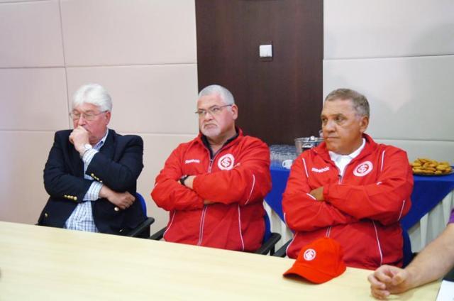 Siegmann quer Inter alto e forte Valdir Friolin, BD ZH - 07/01/2010/