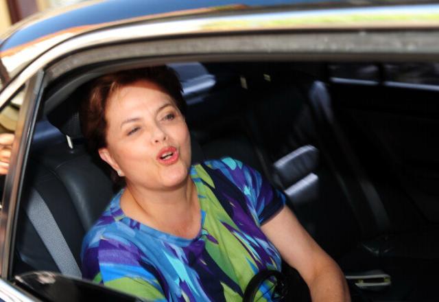 Dilma projeta 30% de mulheres à frente de ministérios Genaro Joner/