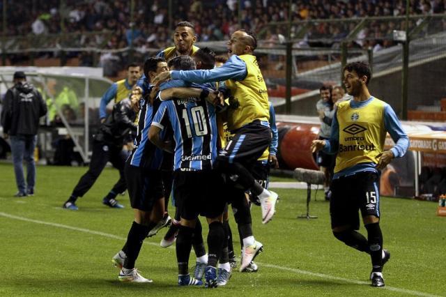 Grêmio pode pegar River, Boca, Corinthians nas oitavas da Libertadores. Simule os confrontos JAVIER CAZAR/AFP