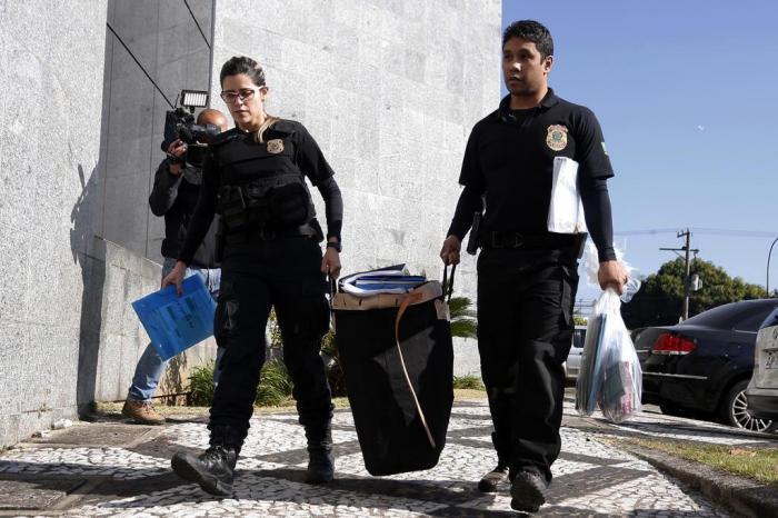 9b2d8fbd239 Ação de terça-feira foi voltada ao cumprimento de 14 mandados de prisão  temporária e 37 mandados de busca e apreensãoLeonardo Benassatto   Futura  Press