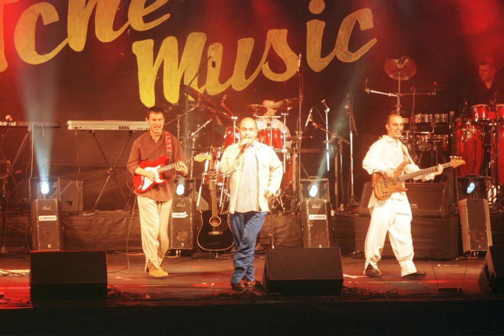 DOWNLOAD 2011 TCHE CD GRATUITO GAROTOS