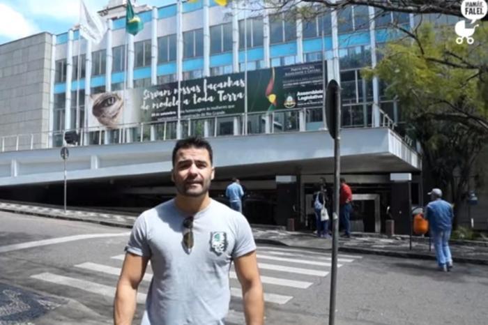 9e07caa7d Arthur Moledo Do Val publicou o vídeo em seu canal no YouTube em 29 de  setembroReprodução   YouTube