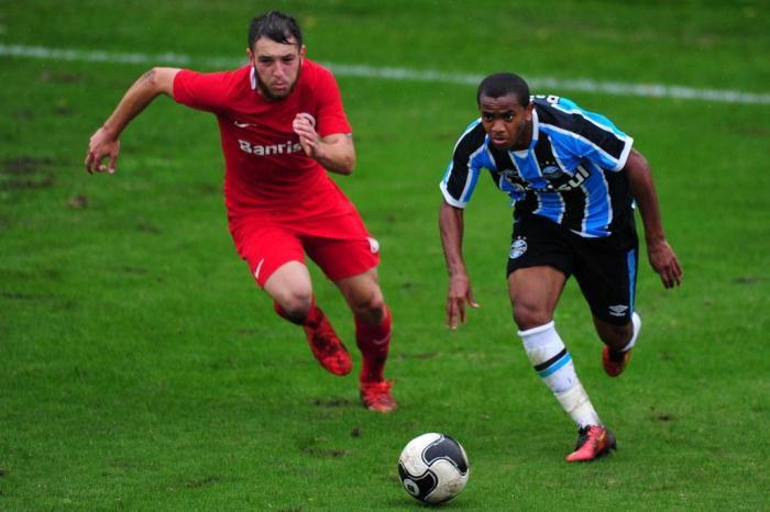 bd334f5731 CBF divulga ranking de clubes que mais cedem jogadores para as ...
