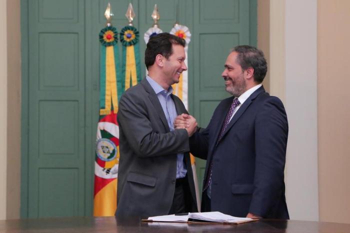 Resultado de imagem para vice-prefeito Gustavo Paim assumirá o Executivo da Capital gaúcha