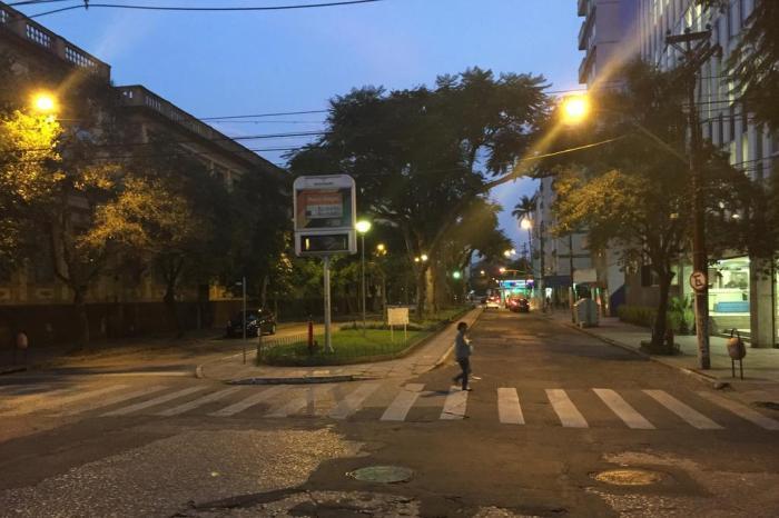 fba621fa68c Saiba por que faltam placas nas esquinas em Porto Alegre