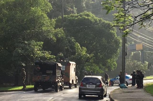 Grande operação militar é deflagrada em favelas do Rio de Janeiro neste sábado Secretaria de Estado de Segurança do Rio de Janeiro/Divulgação